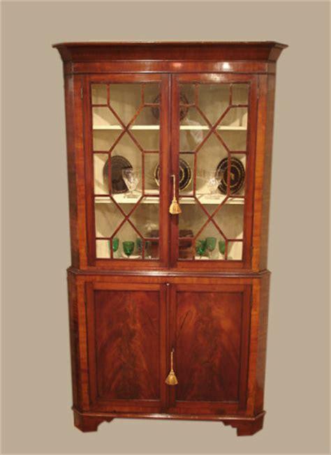 Antique mahogany corner standing cabinet : Antique Corner