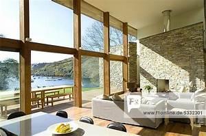 Große Bilder Wohnzimmer : gardine gro e fensterfront alle ideen ber home design ~ Michelbontemps.com Haus und Dekorationen