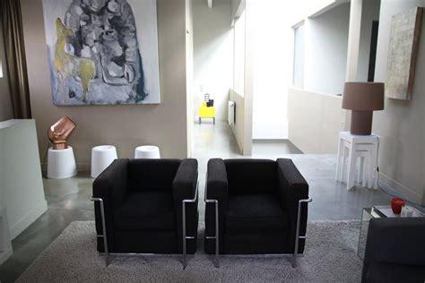 decoration salon noir  beige