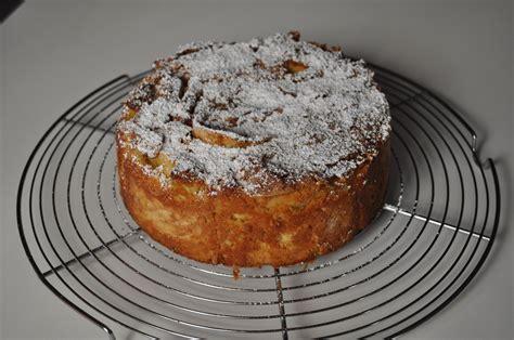 meilleur dessert du monde g 226 teau de roses de et antonio santini meilleure chef femme au monde 2013 les ateliers