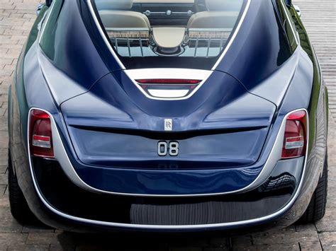 rolls royce sweptail   exercise  excess webcarz