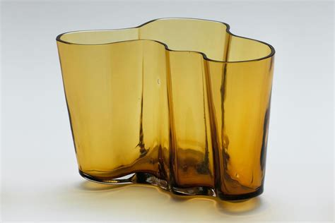 alvar aalto savoy vase function and form in harmony