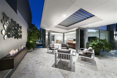 Home Designs For Narrow Blocks