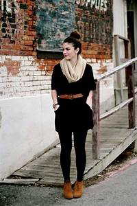 9 Great Tips on How To Wear Tunic with Leggings | Aelida