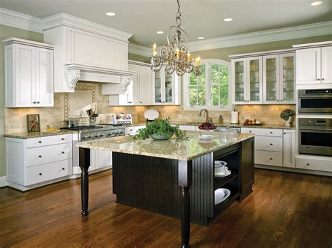 wellborn forest chagne cabinets custom kitchen cabinetry design cabinet dealers