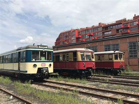 The subway network has 10. File:EMU-coach 471 462 of the S-Bahn Hamburg and two ...
