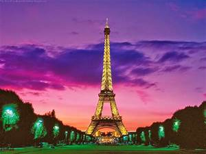 Eiffel Tower Wallpaper For Walls - Image Wallpapers