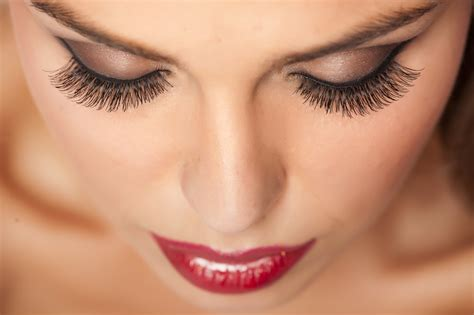 beautiful eye makeup   valentines day frends beauty blog