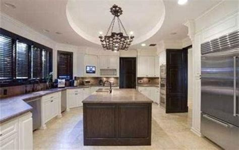 Birdman buys $14.5million nine bedroom Miami mansion