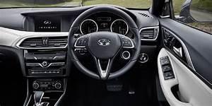 Avis Infiniti Q30 : nouvel infiniti q30 l 39 habitacle d voil actualit automobile motorlegend ~ Gottalentnigeria.com Avis de Voitures
