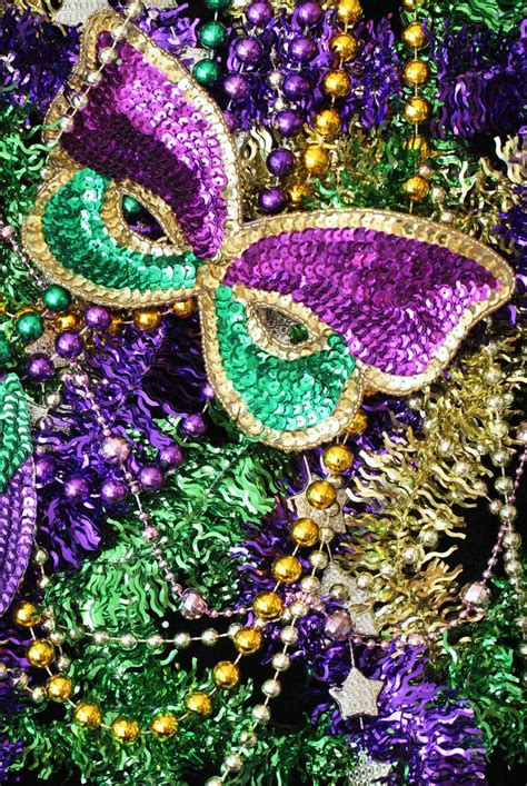 mardi gras traditions      history