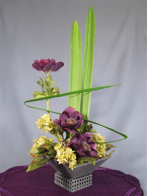 Beautiful And Unique Flower Arrangement By Nippysgallery