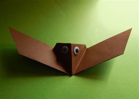 tiere aus papier falten tiere basteln aus papier fledermaus basteln