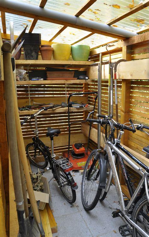 fahrradträger innenraum selber bauen fahrradschuppen selber bauen fahrradschuppen aus holz