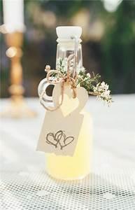 Cadeau Pour Mariage : 12 petits cadeaux qui auront du succ s aupr s de vos invit s ~ Teatrodelosmanantiales.com Idées de Décoration