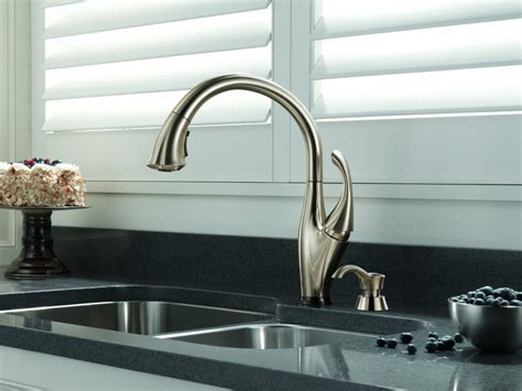 consumer reports kitchen faucets 2014 review delta 9192t sssd dst bestkitchenfaucetshub