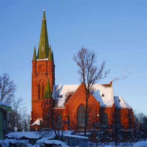 Kuldīgas Sv. Annas luterāņu baznīca - redzet.eu