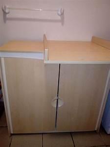 Rangement Table à Langer : table langer avec un commode de rangement djibouti ~ Teatrodelosmanantiales.com Idées de Décoration