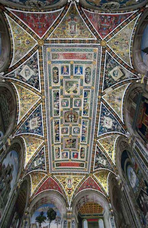 Libreria Piazza Duomo by Libreria Piccolomini Duomo Di Siena