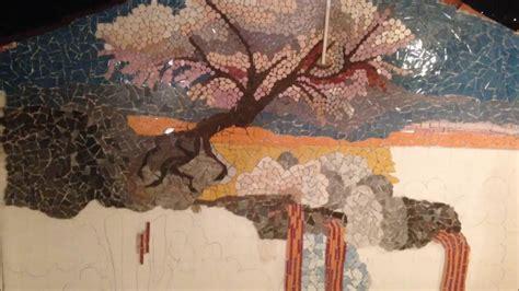 mosaico con piastrelle rotte mosaico con piastrelle rotte