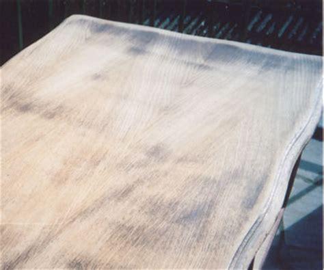 renover bureau bois renover table bois je repeins une table en bois with renover table bois cheap repeindre une