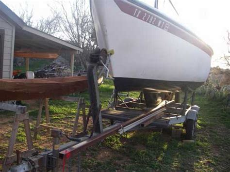 Glastron Boat Hull Blisters by American Spirit 23 1977 Sailboat For