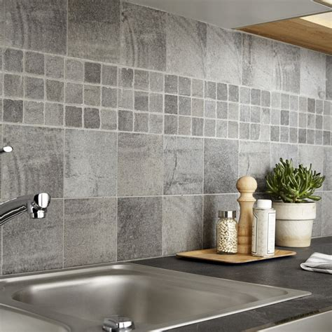 carrelage mural mosaique cuisine carrelage sol et mur gris vestige l 15 x l 15 cm leroy