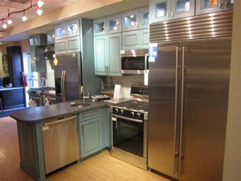 ferguson showroom wilmington de supplying kitchen