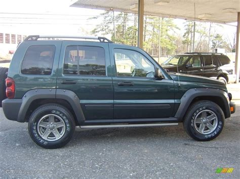 green jeep liberty renegade 2006 deep beryl green pearl jeep liberty renegade 4x4