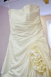 donate wedding dresses wedding flowers 2013 With where to donate old wedding dress