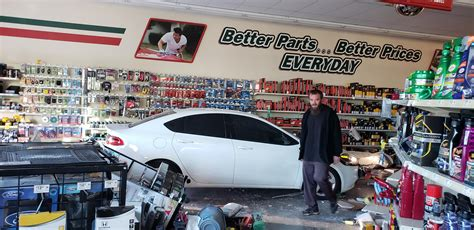 19-year-old crashes vehicle into O'Reilly Auto Parts store ...