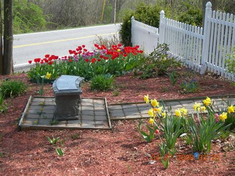 spectacular small backyard landscaping ideas slodive