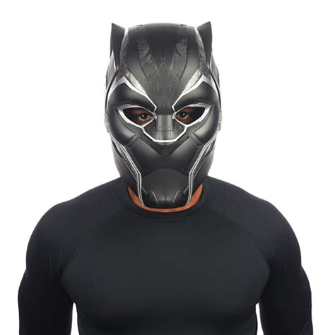 first look at black panther helmet