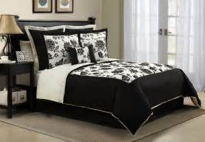 black and white comforter set in queen and king sizes