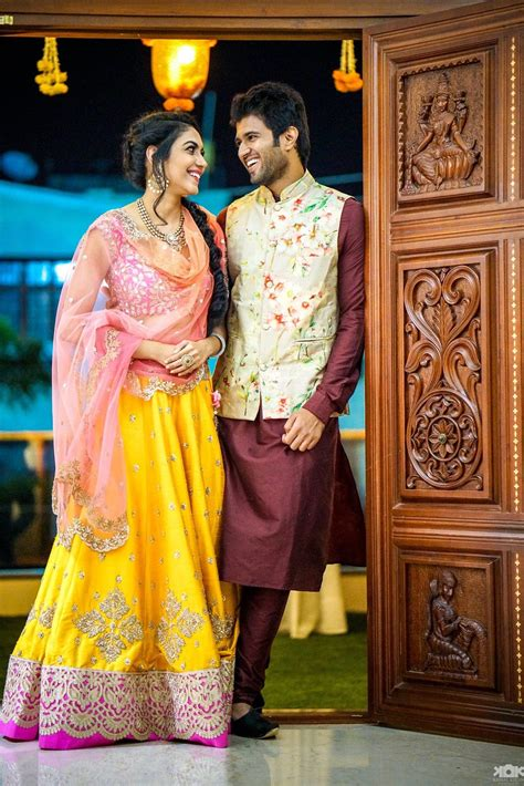 Pin By Sahithya Reddy On Lenghas & Saris Pinterest