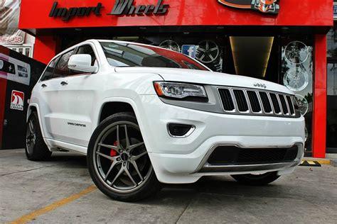 white jeep grand cherokee wheels white jeep grand cherokee savini wheels black di forza bm7