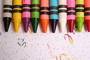 Here's How You Can Melt and Use Crayons in Really Easy Ways