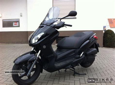 Modification Xmax 250 by 2006 Yamaha X Max 125 Moto Zombdrive