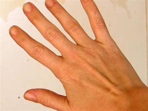 enlever odeur de cuisine comment enlever les odeurs persistantes sur les mains