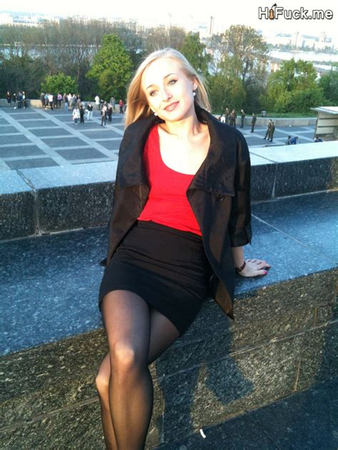 Blonde Teen Tiny Blonde Amateur Loves To Pose Naked Hot