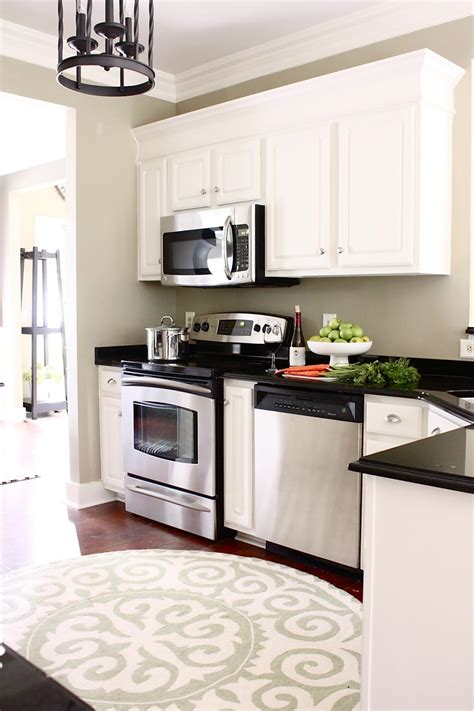Tall Kitchen Cabinets Pictures Ideas Tips From Hgtv Hgtv