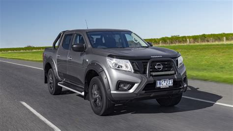nissan navara black edition  review price features