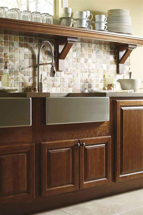 country sink base cabinet diamond cabinetry