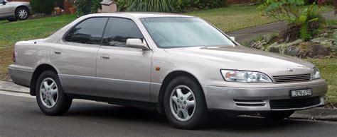 file 1992 1994 lexus es 300 vcv10r sedan 2010 06 17 01