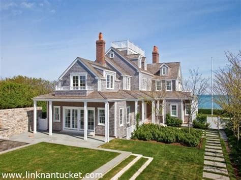 25 best ideas about nantucket style homes on