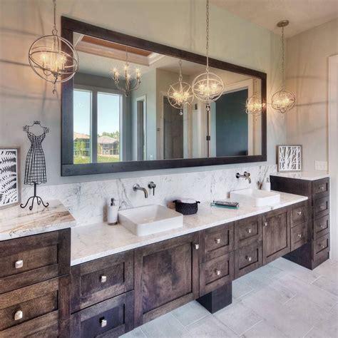 Rustic Chic Bathroom Ideas by Best 25 Rustic Master Bathroom Ideas On