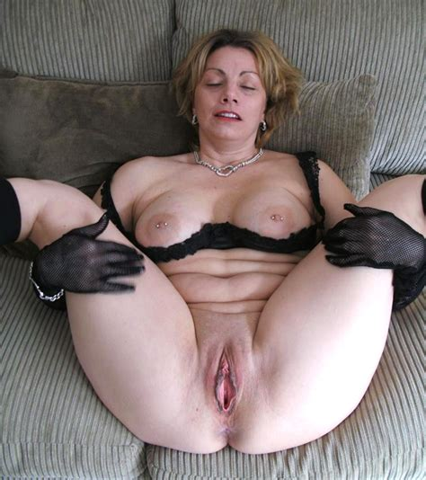 Mom Milf Spreading Her Legs Wide Open Page 1 Sexy