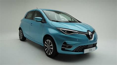 renault zoe 2019 2020 renault zoe unveiled with bigger battery more tech