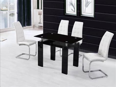 Esstisch Schwarz Hochglanz by Black Glass High Gloss Dining Table And 4 Chairs Homegenies