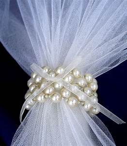 wedding napkin rings creme pearls napkin rings beaded by umis With napkin rings wedding